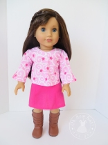 School Bell Blouse sewing pattern for 18 inch dolls. Easy sewing pattern to make doll clothes and back to school outfits for fall. #easypattern #dollclothes #sewingpattern #ohsewkat