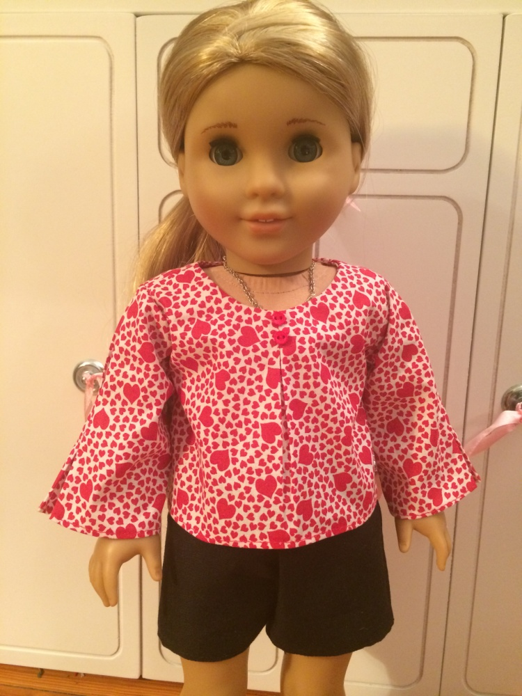 Make a blouse for your 18 inch dolls like American Girl with easy PDF digital sewing patterns from Oh Sew Kat! Free skirt pattern and inspiration gallery.