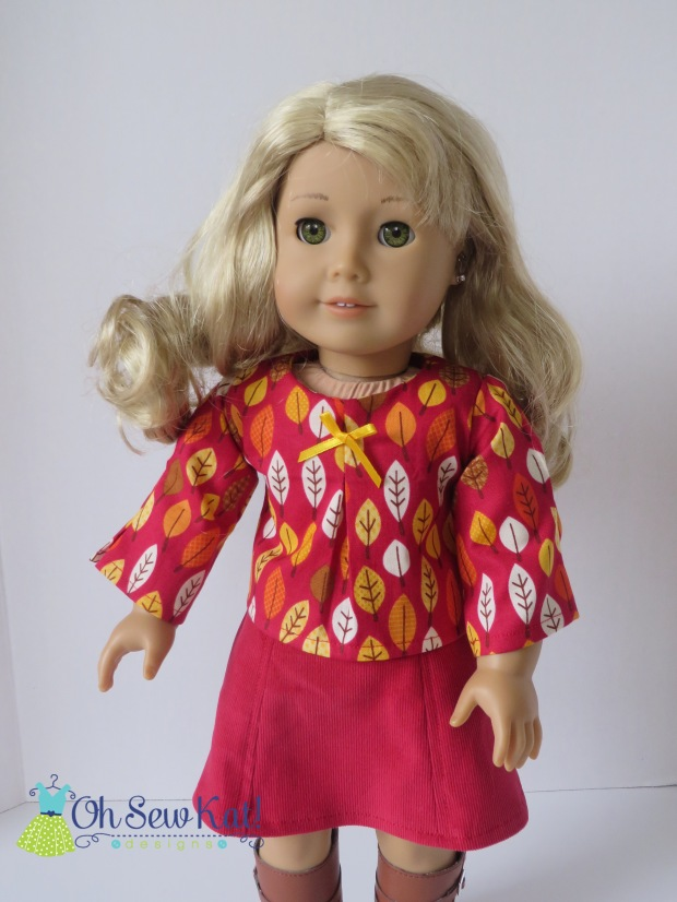 Make a fall outfit for your 18 inch doll with the School Bell Blouse sewing pattern from Oh Sew Kat!  Easy sewing tutorial is great for beginners.