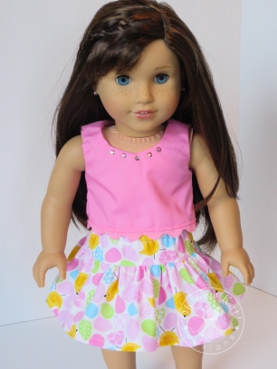 Free skirt sewing pattern for 18 inch dolls, 14 inch Wellie wishers, and 16 inch animators at ohsewkat.com. #freepattern #pdfpattern #dollskirt #18inchdolls #americangirl #welliewishers