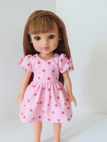 Make a cute doll dress for your heartsforhearts doll with easy PDF sewing patterns by OhSewKat. Beginner patterns with photo tutorials of each step. #ohsewkat #sewingpattern #dollclothes #welliewishers #tutorial #easypattern #freepattern #heartsforhearts