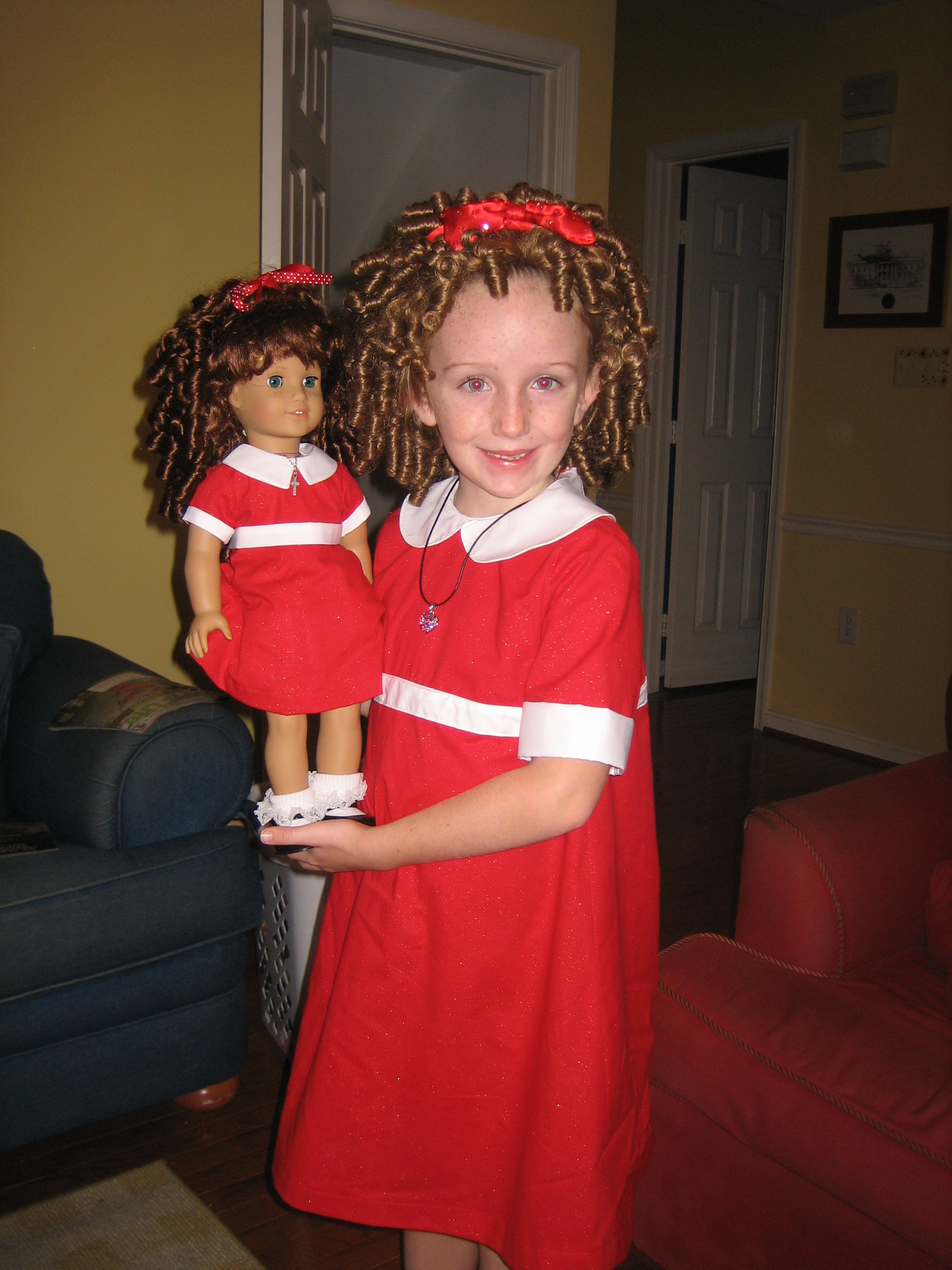 Use Oh Sew Kat! sewing patterns to make a matching Halloween costume for an 18 inch American Girl doll. Easy to sew, quick photo tutorials available on Etsy. #halloweencostume #dollclothes #18inch