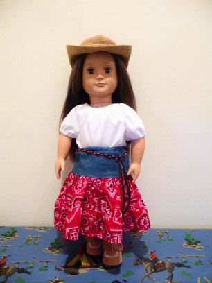Playtime peasant top easy sewing pattern for dolls by oh sew kat
