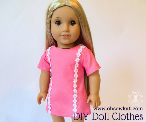 Sewing patterns for DIY Doll clothes 70s fashion