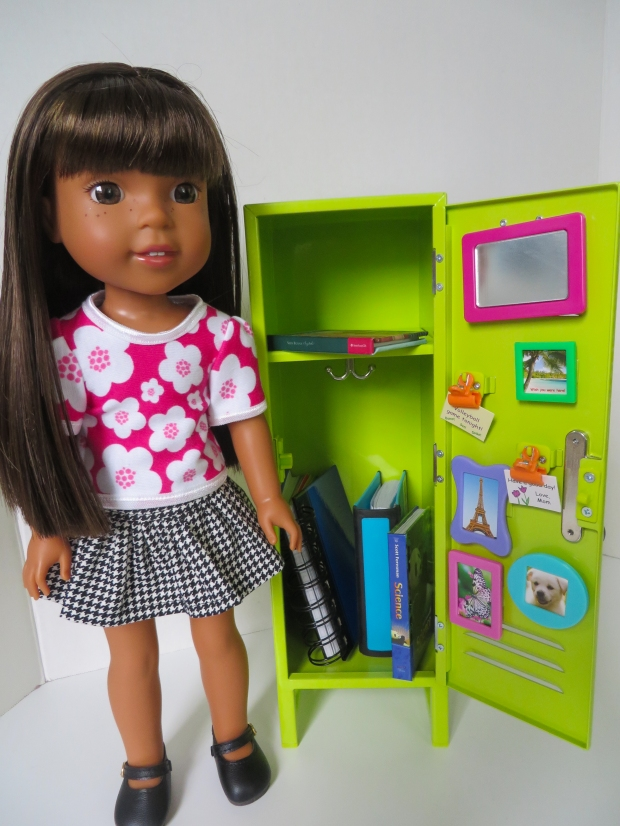 Ashylynn Wellie Wishers doll with school locker