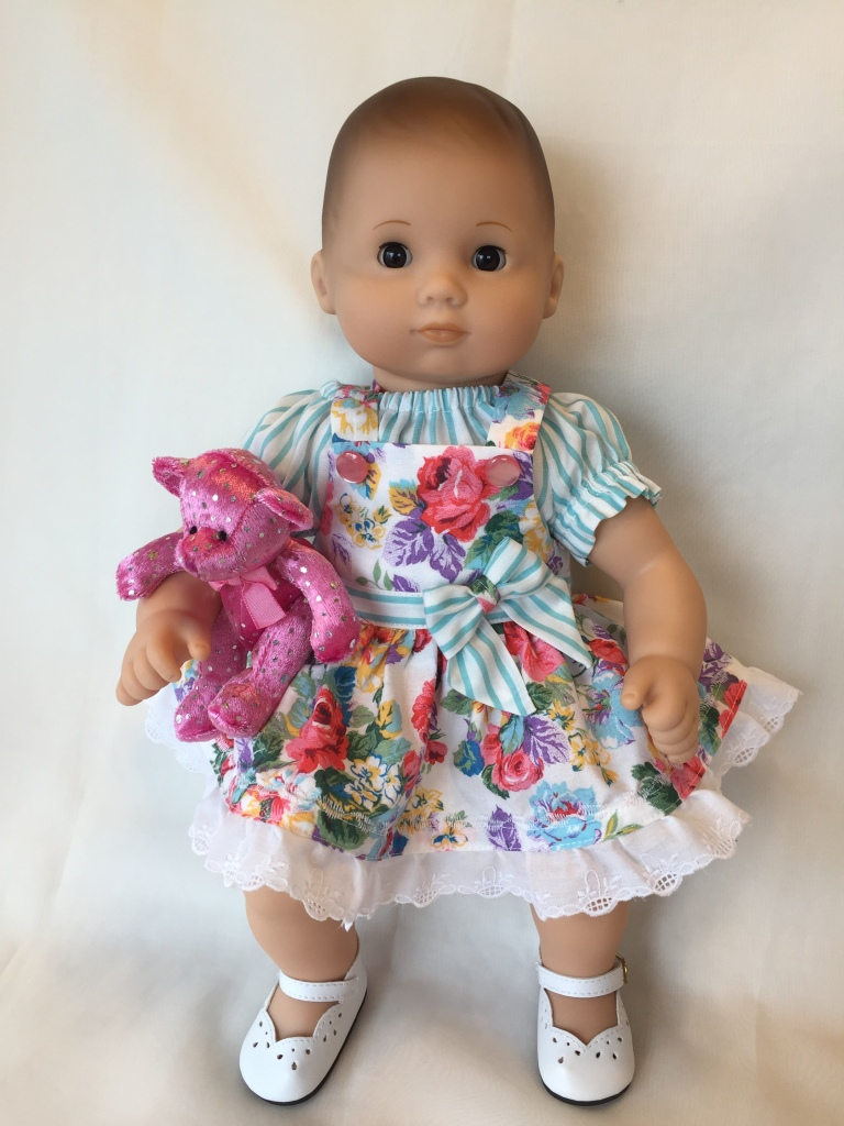 Make doll clothes for your 15 inch baby doll with easy sewing patterns from Oh Sew Kat! Find overalls, dresses, tops, shorts, and skirts with easy to sew pattern tutorials.