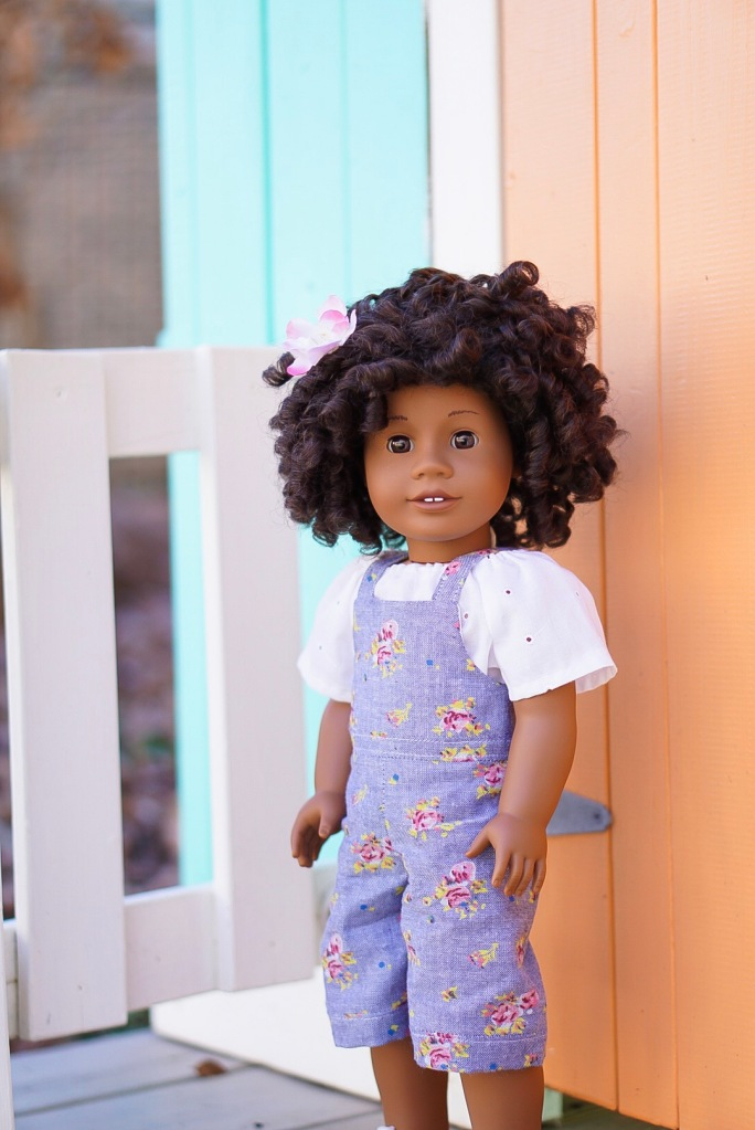Make floral overalls with the Backyard Bibs easy sewing pattern for 18 inch and other size dolls by OH Sew Kat. #ohsewkat #dollclothes