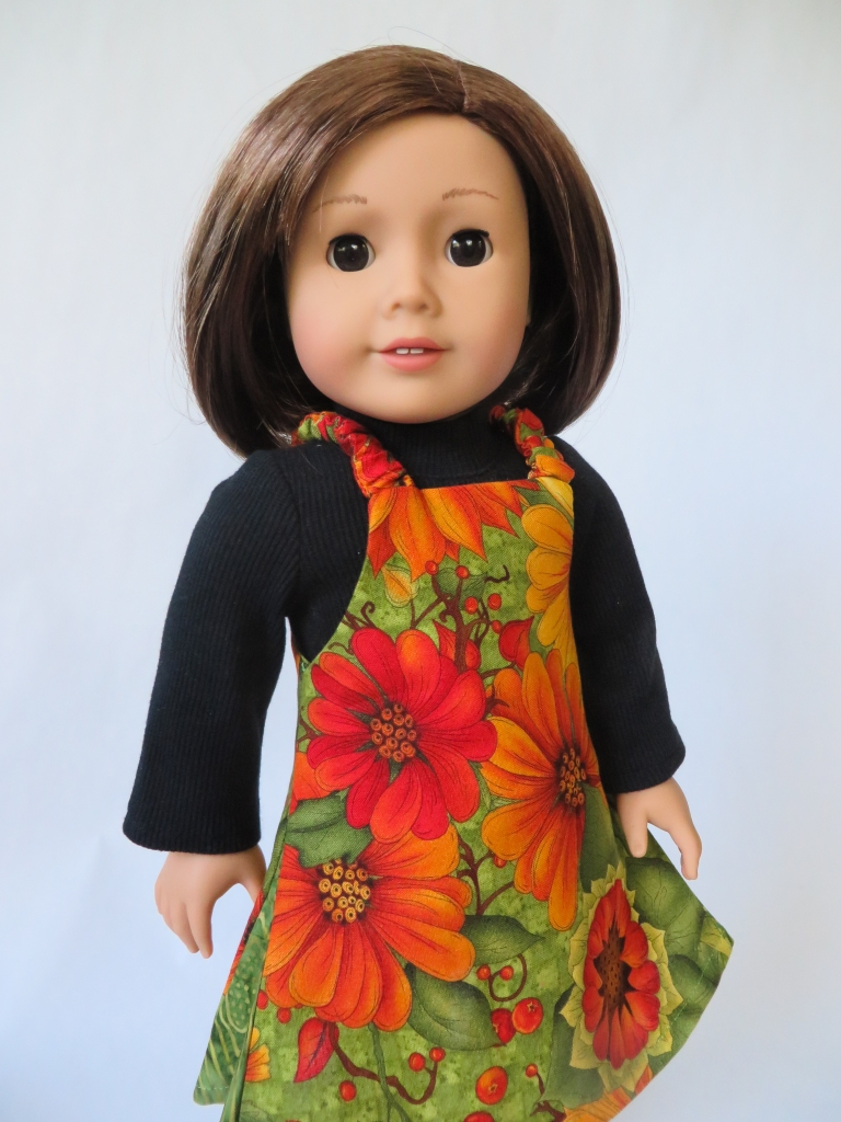 Make a reversible Easy Up jumper for your 18 inch doll with this easy PDF sewing pattern.