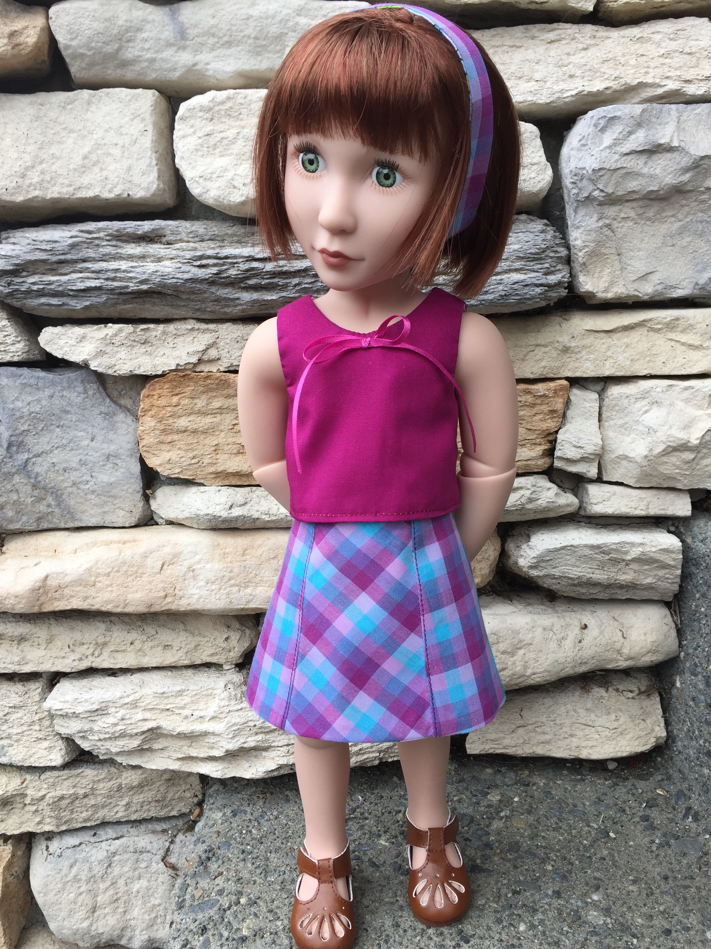 Make a very easy skirt for your A Girl for All Time dolls with the Sixth Grade Skirt beginner level sewing pattern from Oh Sew Kat! Printable doll clothes patterns that are easy to sew for a variety of doll sizes. #dollclothes #agirlforalltime