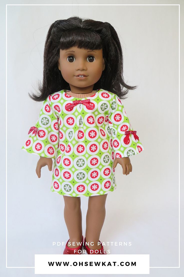 Make a darling Christmas holiday dress for 18 inch dolls with this easy pattern hack of the PDF pattern School Bell Blouse by Oh Sew Kat! #christmasdress #dollclothes