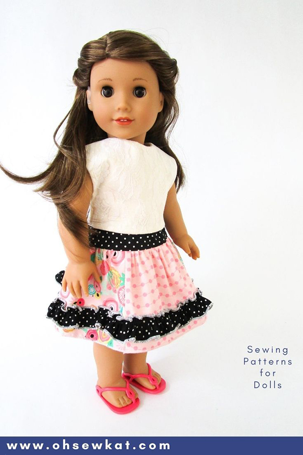 Make a ruffled twirl skirt for 18 inch dolls like American Girl with this easy tutorial by Oh Sew Kat! More PDF Sewing patterns for dolls available!